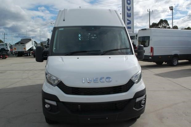 iveco daily 35s13 420463 004
