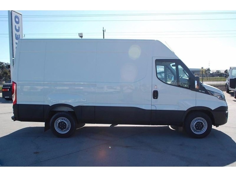 iveco daily 35s13 420464 012