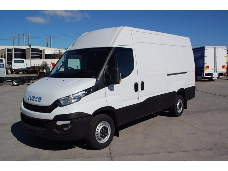 iveco daily 35s13 420464 013