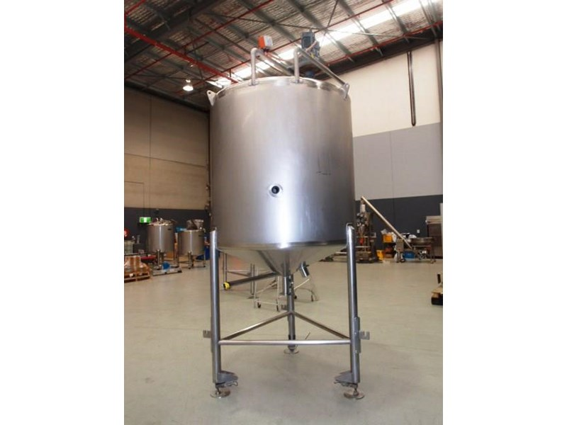 stainless steel mixing tank 3,000lt 419887 002