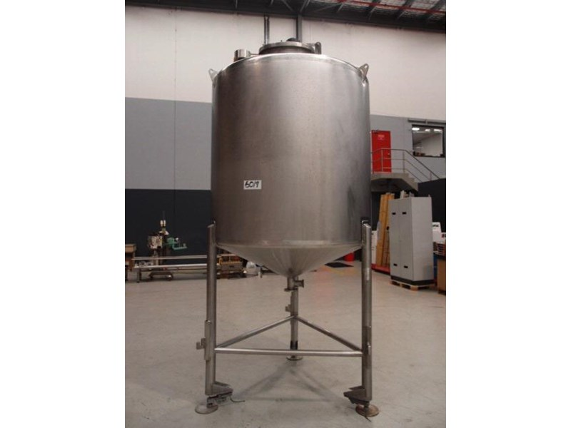 stainless steel mixing tank 3,000lt 419888 001