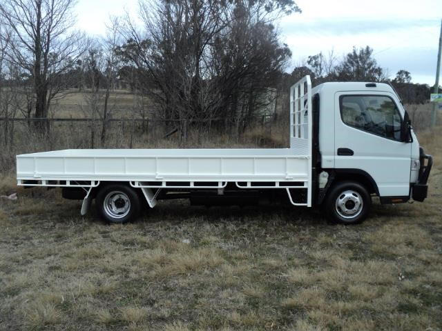 fuso canter 515 wide cab 395943 003