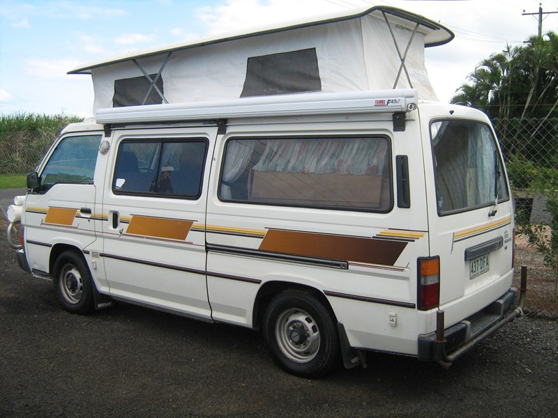 nissan urvan pop top campervan 420780 003