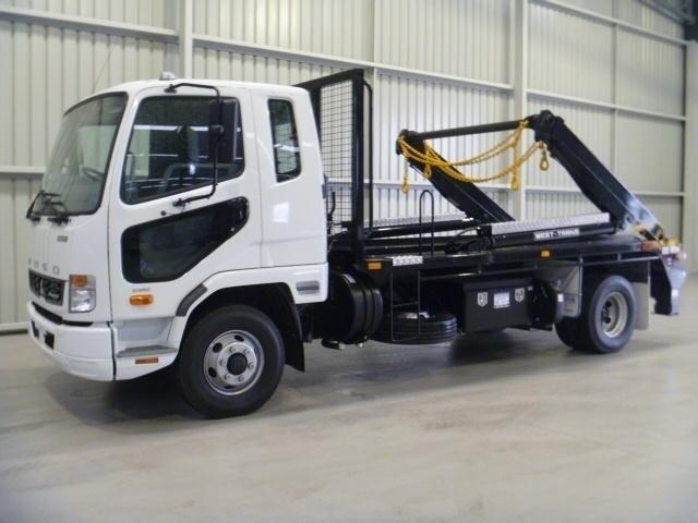 fuso fighter 1024 181350 009