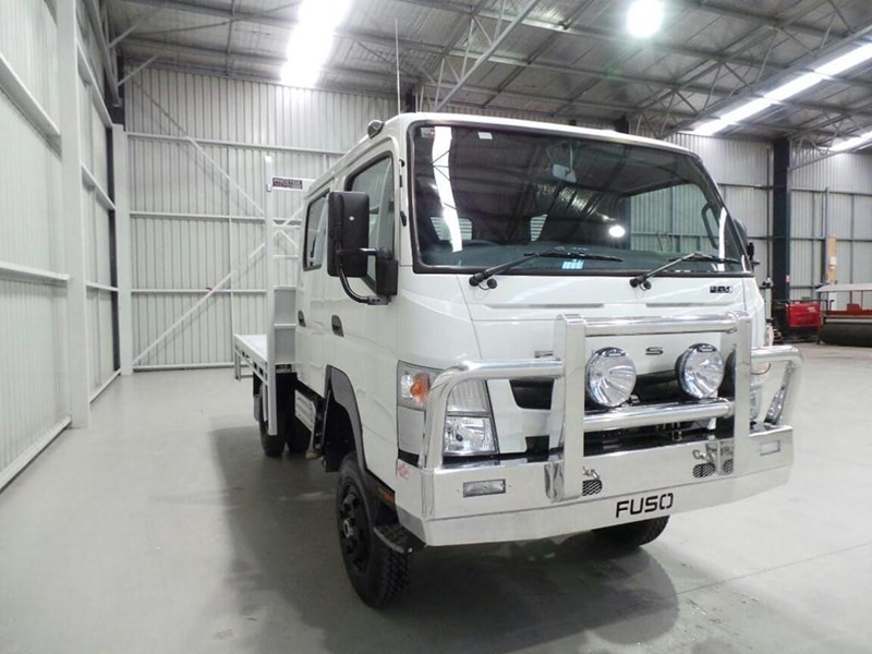 fuso canter 239043 020