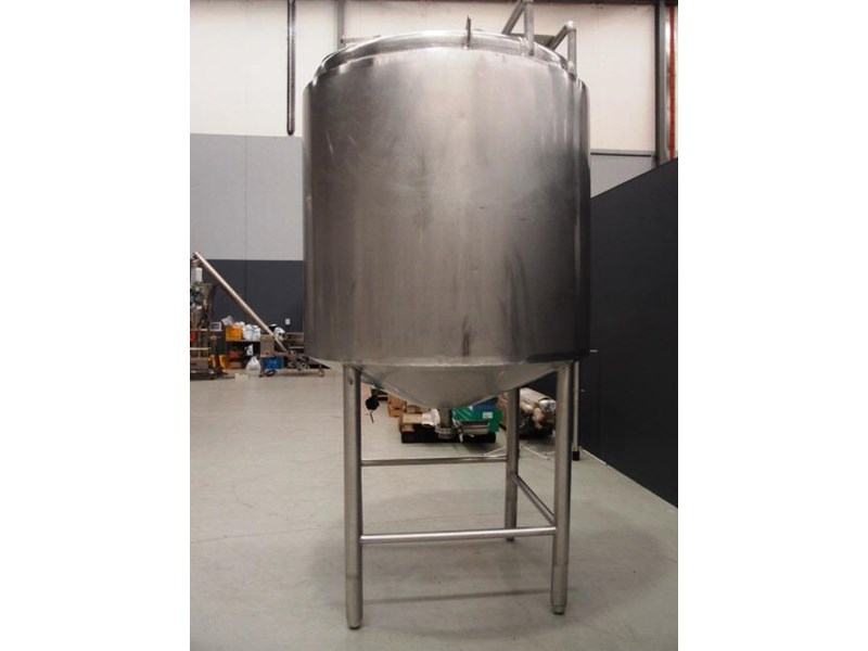 stainless steel storage tank 3,000lt 419902 002