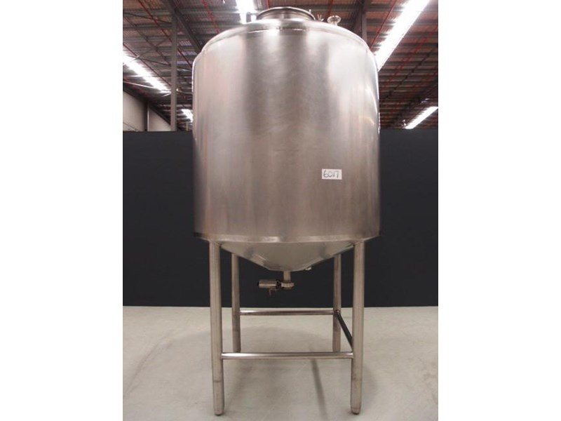 stainless steel storage tank 3,000lt 419885 001