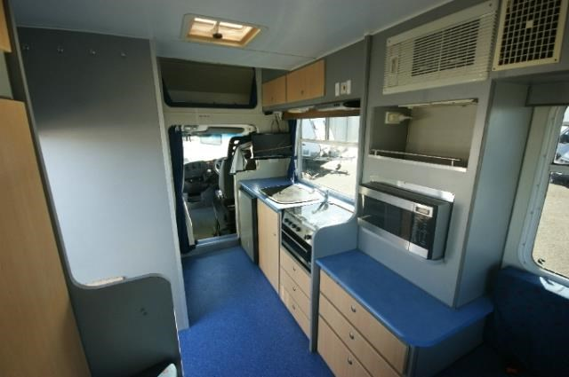 winnebago leisure seeker 417767 008