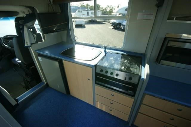 winnebago leisure seeker 417767 011