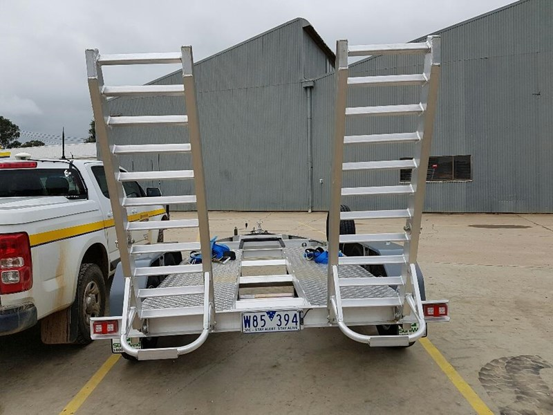 other sureweld trailer 421887 003