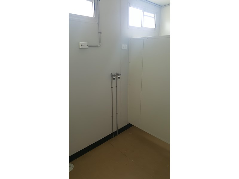 e i group portables as new used 12m x 3m ablution building 422089 008