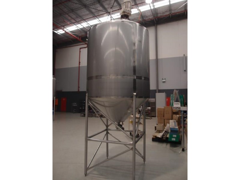 stainless steel mixing tank 3,000lt 419880 002