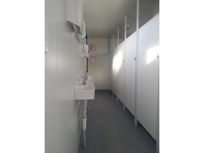 e i group portables used 6m x 2.5m ablution building 422237 001