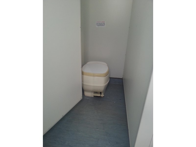 e i group portables used 6m x 2.5m ablution building 422237 002