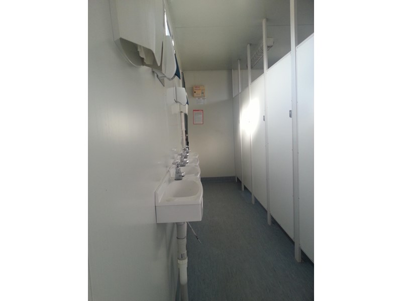 e i group portables used 6m x 2.5m ablution building 422237 003