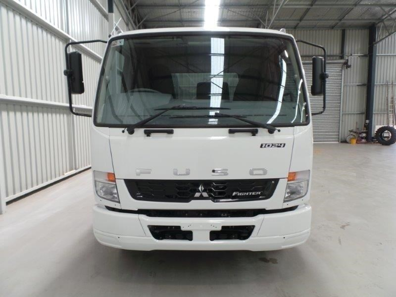 fuso fighter 1024 379950 029