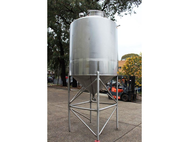 stainless steel mixing tank 3,000lt 422545 002