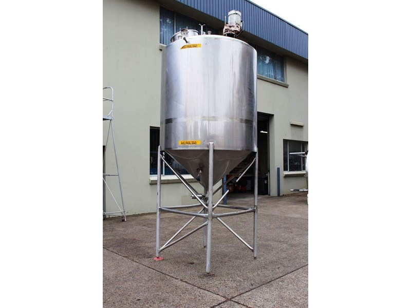 stainless steel mixing tank 3,000lt 422545 003