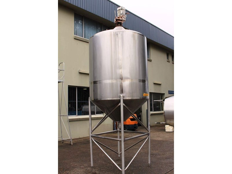 stainless steel mixing tank 3,000lt 422546 003