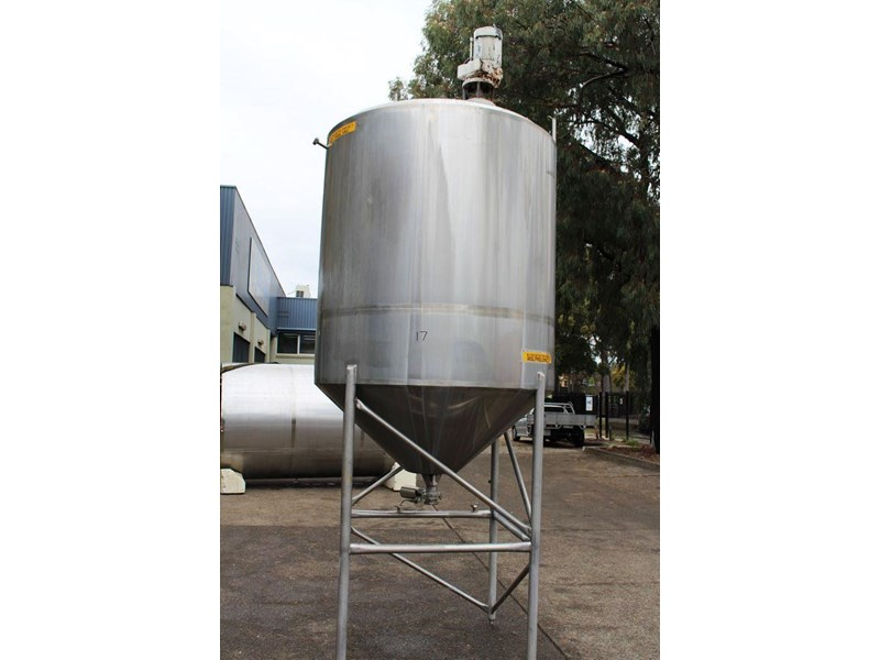 stainless steel mixing tank 3,000lt 422555 001