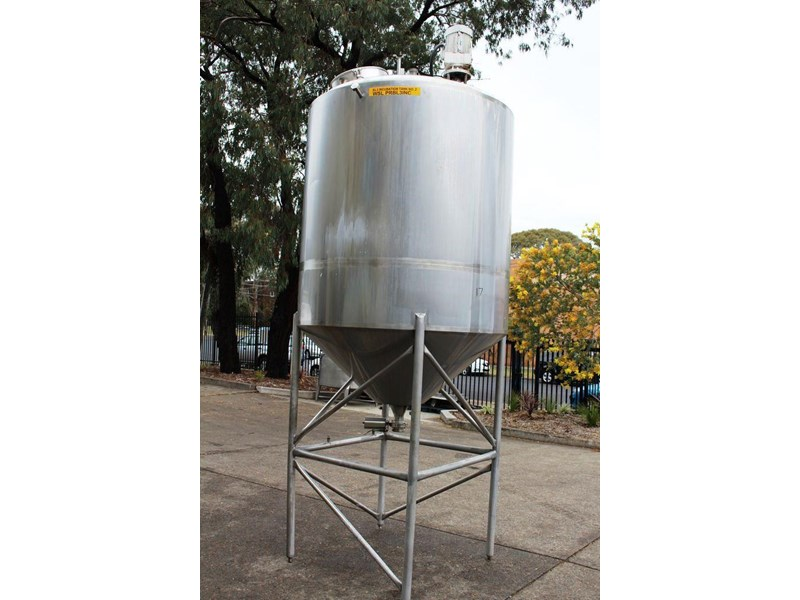 stainless steel mixing tank 3,000lt 422555 002