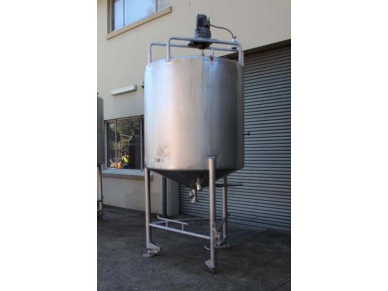 stainless steel mixing tank 3,000lt 422568 003