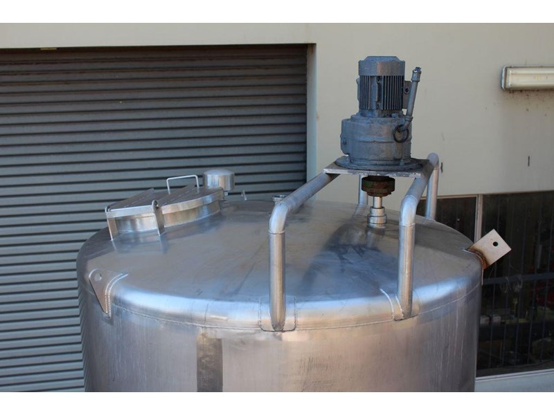 stainless steel mixing tank 3,000lt 422568 004