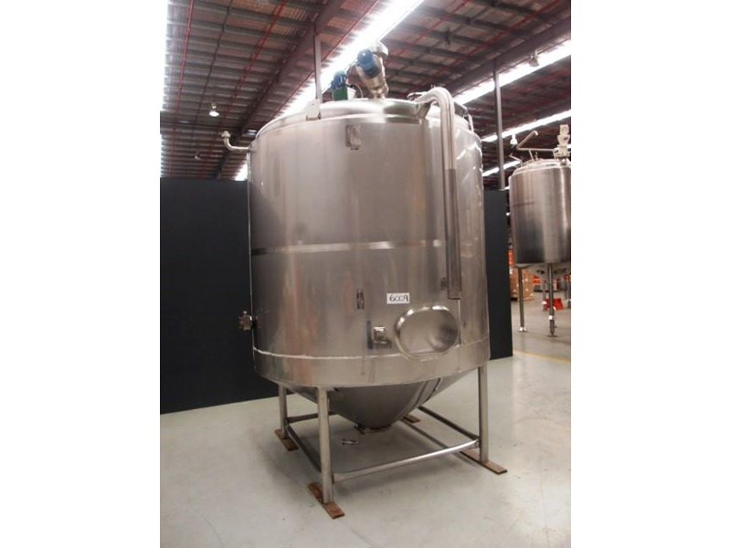 stainless steel jacketed mixing tank vertical 419875 001