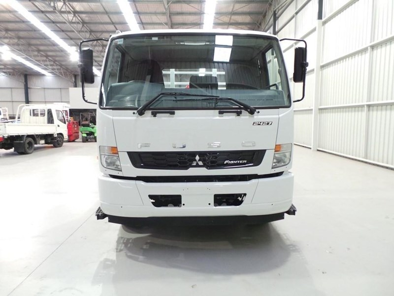 fuso fighter 2427 399212 025