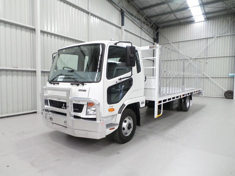 fuso fighter 1024 399406 031
