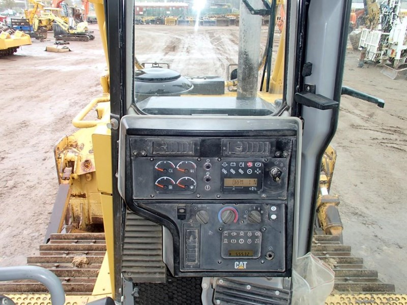 caterpillar d6t xl 423987 013