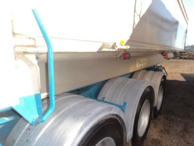 jrm trailers b/d lead/mid 424600 012