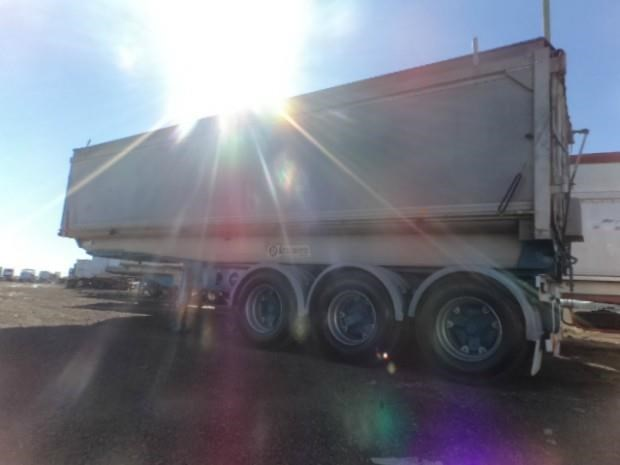 jrm trailers b/d lead/mid 424600 021