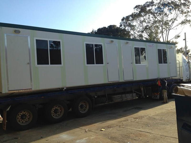 e i group portables e.i group 12m x 3m four room accommodation $190 pw 424867 004
