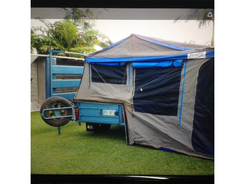 custom made true blue camping trailer 425671 001
