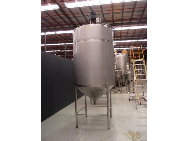 stainless steel mixing tank 4,000lt 425197 002
