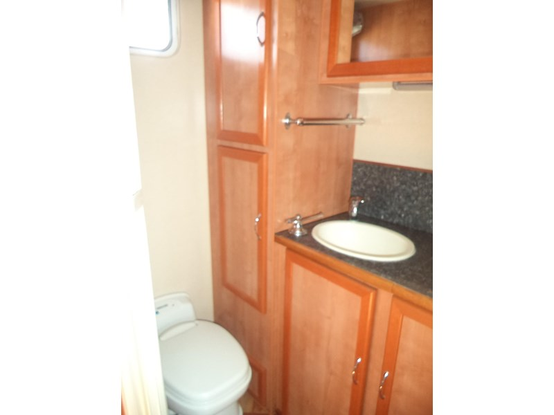 retreat caravans brampton 425235 008