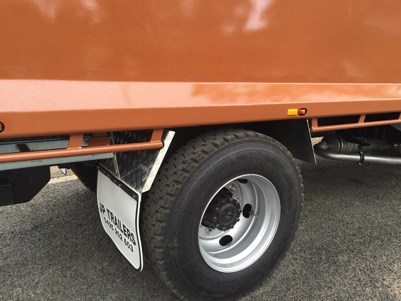 jp trailers galvanised mini tag trailer plus brown tipper 425289 022