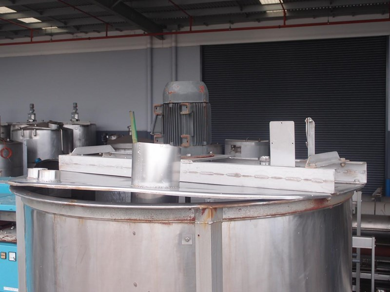 stainless steel mixing tank vertical 425340 002