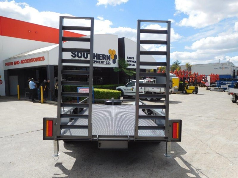 interstate trailers 4.5 ton plant trailer 236240 008