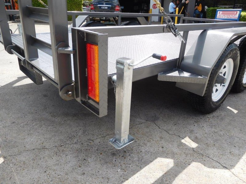 interstate trailers 4.5 ton plant trailer 236240 012