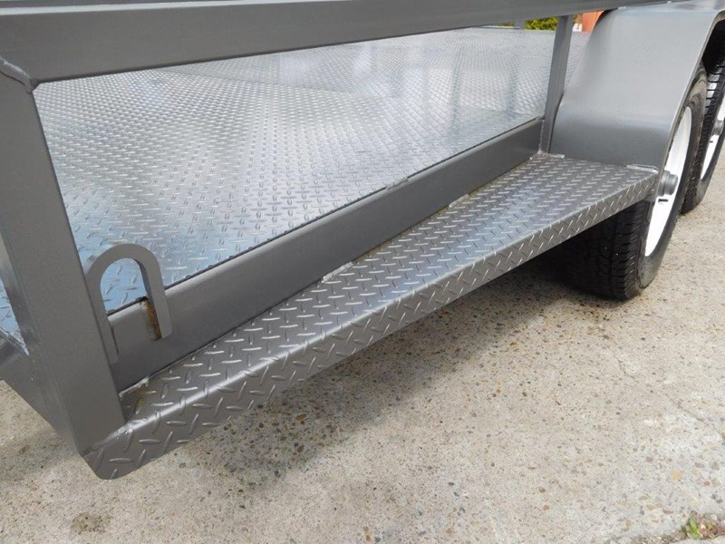 interstate trailers 4.5 ton plant trailer 236240 014