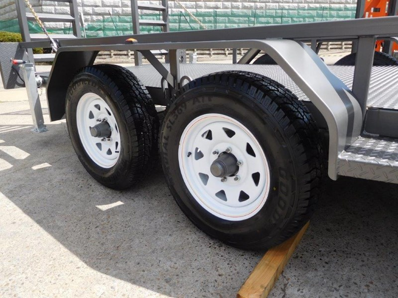 interstate trailers 4.5 ton plant trailer 236240 015