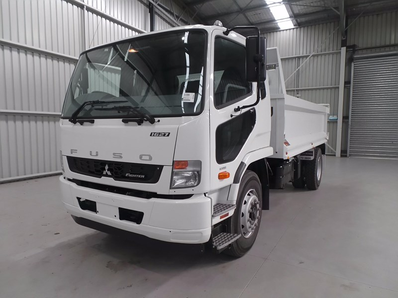 fuso fighter 1627 425766 001