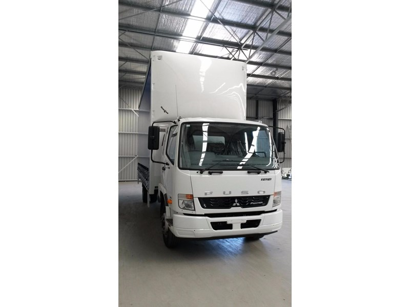 fuso fighter 1424 231636 011