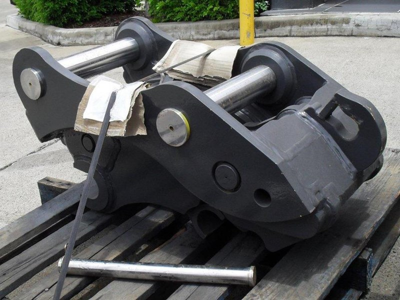 ubtech excavator hitch / hydraulic quick hitch [pp058] [suits 18 to 26t excavator] [uqc200] [attppitem] heavy duty. 236089 008