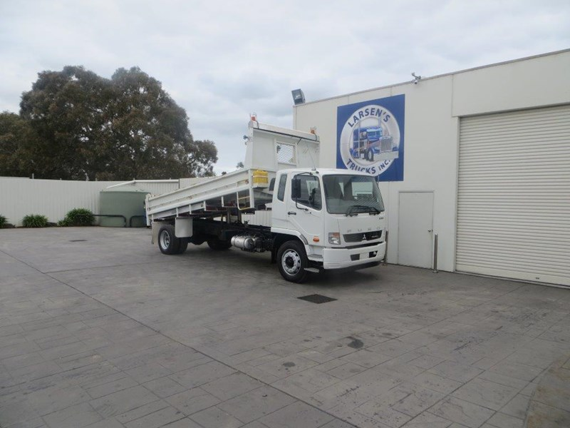 fuso fighter 427125 021