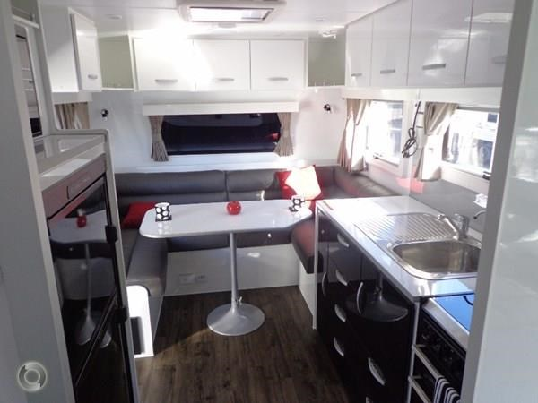 leader caravans palladium 23 ensuite slide out bedroom 427203 018