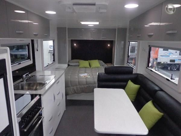 leader caravans gold 22 family triple bunks ensuite 427213 005
