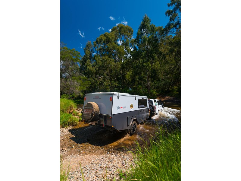 australian off road quantum 427743 043